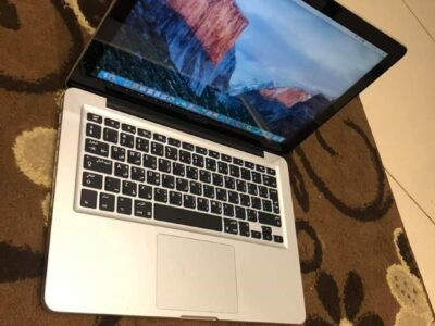 Apple macbook pro Core i5 With box and everything
