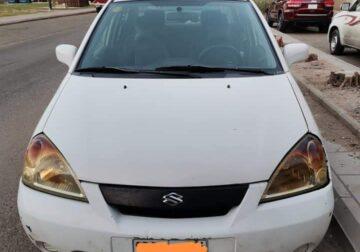 Selling a Suzuki Liana 2003 model Excellent Con