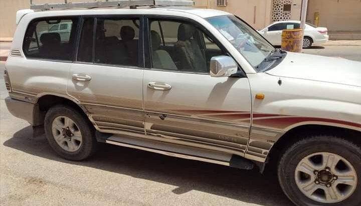 سيارة جيب لاندكروزر 2003إستمارة جديدفحص منتهي جير