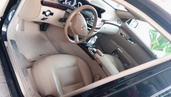 المرسيدس سياره ٢٠١٣ اللون كحلي اتوماتيك s300 بانور