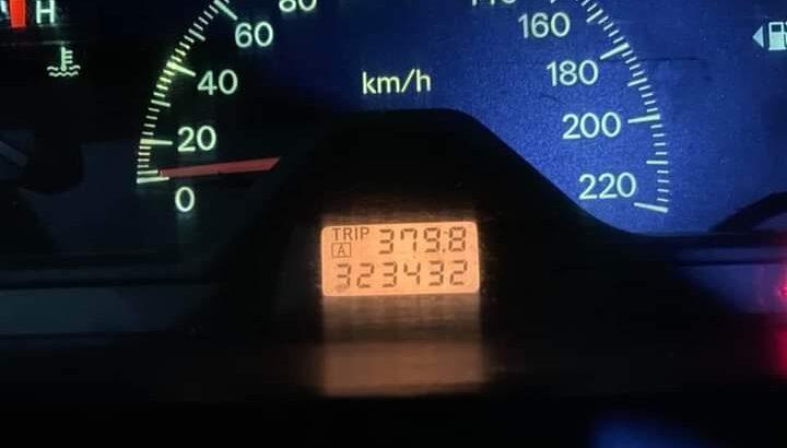 ميتسوبيشي لانسر 2001 القير عادي الممشى 320 الف