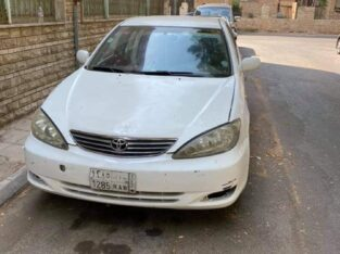 Toyota camary 2004 Price 9000 Manual