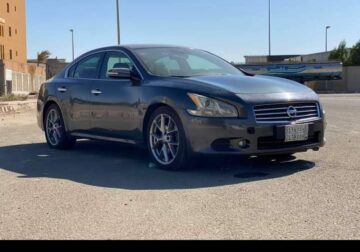 Nissan Maxima 2011 3.5L V6 is available for sale