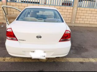 Nissan sunny 2010 Automatic transmission sale in jeddah
