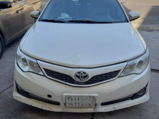 Toyota camry Model 2012 sale in Dammam