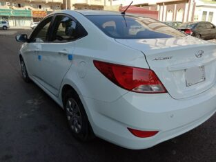 Hyundai Accent Model 2016 Auto gear in Jeddah