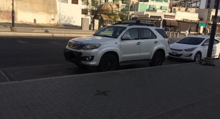 Toyota Fortuner for sale 2015 VX Automatic in Jeddah