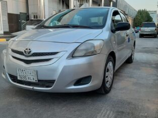 Toyota Yaris Model 2009 Manual transmission in Jeddah