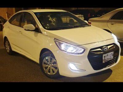 Hyundai Accent 2017 for sale white in colour Riyadh