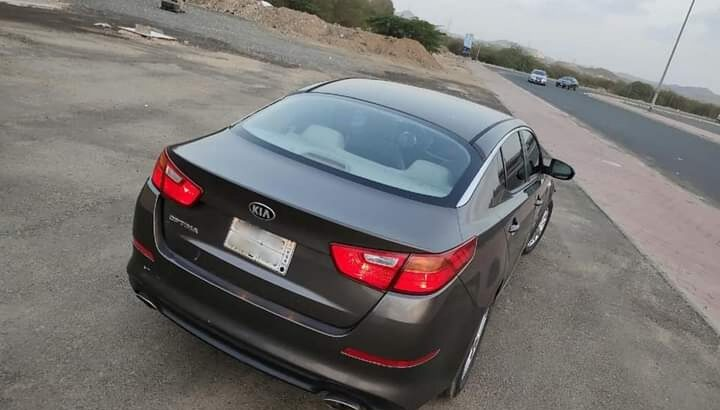 KIA OPTIMA 2015 half option for sale New fahas in jeddah